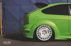 FORD FOCUS RS (JAYJOE.MEDIA) Tags: ford focus rs low lower lowered lowlife stance stanced bagged airride static slammed wheelwhore fitment