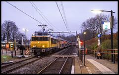 NSR 1741+DDAR 7338+1743+1756+DDAR 7342 te Bunde (MyronvRuijven) Tags: ns wegslepen defecte trein nederlandse spoorwegen bunde nsr 1741 ddar 7338 1756 limburg