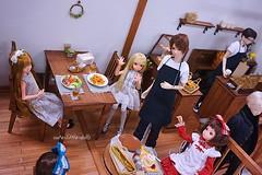 """Wow! Good looking guy!!"" 💕 (cute-little-dolls) Tags: ruruko unoaqulutslight doll dollhouse miniature toy girl boy cafe"
