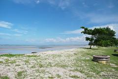 Manggar Beach (gprana) Tags: beach indonesia olympus m43 belitung cplfilter manggar micro43 microfourthirds olympusomdem5 olympusmzuiko1250mmf3563 bwmrcnanoksmcircularpolarizer