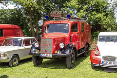 Oldtimermarkt Bockhorn 2014 - Mercedes-Benz Feuerwehr (www.nbfotos.de) Tags: truck mercedes benz mercedesbenz oldtimer feuerwehr lkw 2014 bockhorn oldtimermarkt oldtimertreffen
