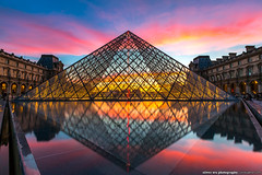 Magic Pyramid (olvwu | ) Tags: city longexposure light sunset sky cloud paris france reflection museum night landscape dusk  musedulouvre louvremuseum    jungpangwu oliverwu oliverjpwu olvwu   jungpang