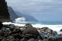 Haena-State-Park_Kauai-HI_03-02-2007ah (Count_Strad) Tags: park beach island hawaii surf waves scenic wave kauai haena haenastatepark
