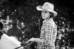 IMG_8465 (Lorenzo Pirotto) Tags: girl face canon vintage persona donna uomo ritratto viso artigiano ragazza fiera lavoro faccia paese volto anziano 600d