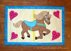 carousel_horse_mug_rug (Sher's Creative Space) Tags: sewing applique mugrug miniquiltquilting appliquetemplates caarouselhorse carouselhorsequilt carouselhorseapplique carouselminiquilt