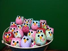 CoRuJaS (DoNa BoRbOlEtA. pAtCh) Tags: handmade patchwork owls corujas pingente donaborboletapatchwork denyfonseca