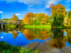 The River of Colors (ristoranta) Tags: canonpowershotsx60hs hdr colorful vrit piv joki syksy maisema piv vrit helsinki uusimaa finland fi