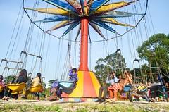 Circle of life! (ashik mahmud 1847) Tags: bangladesh d5100 nikkor people circle colorful sky human man woman children joy happiness park