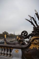 Dans la brume du pont Alexandre III (patrick Thiaudiere Thanks for + 800 000 views) Tags: mist brouillard fog smog paris eiffel tor tower eiffeltower toureiffel seine river rivire fleuve bridge pont or gold alexandre