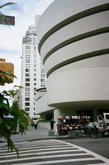 Guggenheim (Jim Davies) Tags: photography analogue film veebotique 35mm kodak portra 160asa c41 newyorkcity nyc newyork manhattan bigapple compact filmfilmforever olympus accura zoom 80 dlx