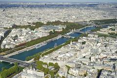 Paris Eiffel on the Top 12.9.2016 3811 (orangevolvobusdriver4u) Tags: fluss river seine 2016 archiv2016 france frankreich paris eiffel turm eiffelturm tower eiffeltower tour toureiffel