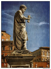 m - Roma_Citta del Vaticano_Basilica di San Pietro_San Pietro (ferdahejl) Tags: mroma cittadelvaticano basilicadisanpietro sanpietro