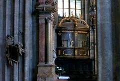 Das Kaiseroratorium (Don Claudio, Vienna) Tags: wien habsburger dom vienna kaiserliches oratorium johann jacob pock gebetsraum des kaisers