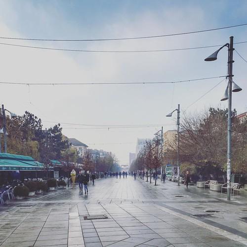 Les Champs-Elysées du coin • #new #pristina #kosovo