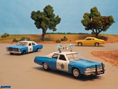 Chicago PD in the Windy City Vicinity (Phil's 1stPix) Tags: diorama replica 1stpix 1stpixdiecastdioramas hobby diecastdiorama collectible cop lawenforcement policediecast policemodel policecar vintagepolicediecast greenlighthotpursuit countryroaddiorama ruralroaddiorama diecast diecastvehicle diecastreplica firstpix diecastcollection diecasthobby diecastcollectible diecastmodel diecastcar scalemodeldiorama phils1stpix 164 164vehicle 164diorama 164diecast 164scale 1967fordcustom chicagopolicefordcustom greenlightfordcustom greenlightchicagopolice lawenforcementhistory vintagepolicecar police chicago illinois il 164scalediecast chicagopolicediecast chicagopolicefordcustomdiecast fordcustom fordcustomdiecast 1974dodgemonaco chicagopolice chicagopolicedodgemonaco chicagopd cpd
