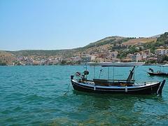 Baia greca. (sangiopanza2000) Tags: amfilochia grecia greece viaggio travel sangiopanza barche boats mare sea seascape