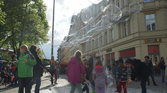 Berlin Hackescher Markt Bubble Party