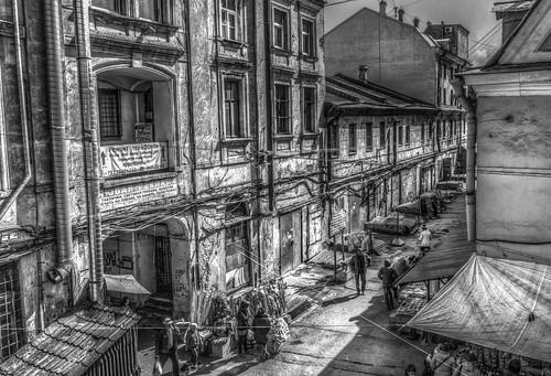Рынок в Санкт-Петербурге ©  reloni