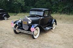 Finish Line NLNB Antique Car Run New Brighton (DVS1mn) Tags: new london car brighton antique run era brass brassera newlondontonewbrighton nlnb nlnbacr 28thannualnewlondontonewbrightonantiquecarrun