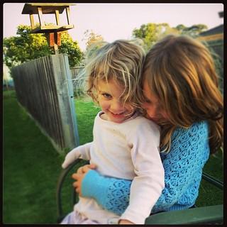 365/219 • cuddle time - DB is SO cheeky • #2014_ig_219 #6yo #3yo #backyard #winter #latergram #love