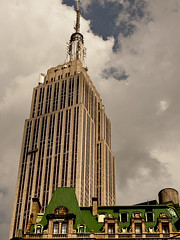 (JohnE25) Tags: nyc newyorkcity by architecture manhattan days gone empirestatebuilding