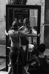 Mirall / Mirror (JordiTrenzano) Tags: barcelona street white black reflection blanco monochrome mirror spain y candid negro streetphotography espejo reflejo catalunya reflexe mirall