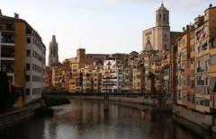 Girona (tgrauros) Tags: catalonia girona catalunya catalua catalogna rius catalogne onyar katalonia cataloni catedraldegirona