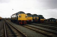 Crewe Open Day 1995 (Andy47484) Tags: green english heritage electric train day br open diesel 4 traction rail railway trains brush class 45 crewe type british locomotive 40 1995 preserved railways 47 sulzer 45108 d120