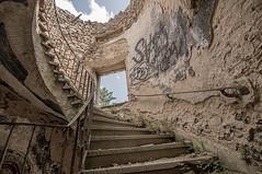Corkscrew Stairs (KK_photographics) Tags: urban exploring steine turm wald vorplatz urbex odenwald weitwinkel wendeltreppe