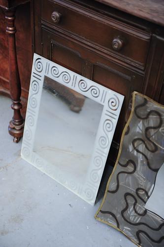 Glass Mirror Ornate Design € 50