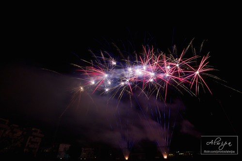 """Fireworks • <a style=""""font-size:0.8em;"""" href=""""http://www.flickr.com/photos/104879414@N07/15070210837/"""" target=""""_blank"""">View on Flickr</a>"""