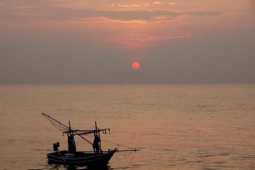 Sunrise over Hat Hua Hin, Thailand