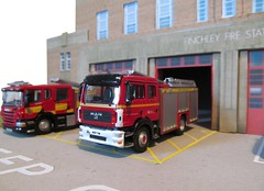 Finchley fire station diorama (kingsway john) Tags: building scale station fire model models vehicles card kit emergency oo gauge diorama kingsway finchley 176