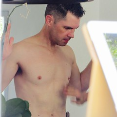 IMG_9141 (danimaniacs) Tags: yardsale shirtless man guy sexy hot armpit