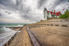 _DSC0077 Point Bettsie Lighthouse (Charles Bonham) Tags: pointbettsielighthouse wind waves stormclouds stormyweather breakwater sonya7r sonyzeissfe1635mmf4 charlesbonhamphotography fall