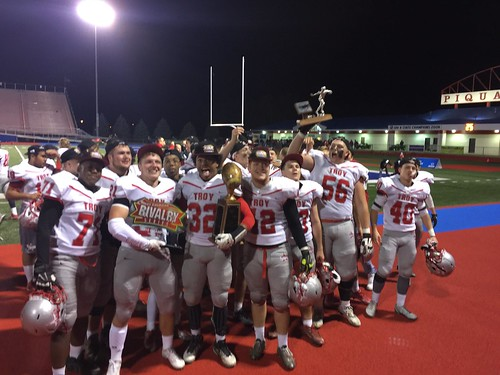 """Troy vs Piqua 10.28.2016 • <a style=""""font-size:0.8em;"""" href=""""http://www.flickr.com/photos/134567481@N04/29997646703/"""" target=""""_blank"""">View on Flickr</a>"""
