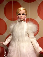 Winter in Sweden (SpiceboySweden) Tags: twiggy girls dynamite fashion supermodel convention eyes big parker poppy