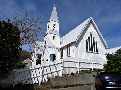 Akaroa on the Banks Peninsula near Christchurch. St Peters Anglican Church in Rue Balguerie. Built 1864 in English style.