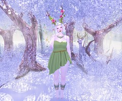 - Look 702 - Mochi (aisha.cahir  {Blogger}) Tags: secondlife kawaii {imeka} hair kawaiiproject wowskins eyes catwaappliereyes designercircle descontos wellmade dress it necklace colar yokai wings asas tree forest garden winter leaves gacha