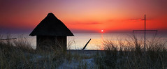 Home by the sea (FH | Photography) Tags: sunset meer balticsea ostsee hut htte haus strand kste ruhe dnen romantisch weite freiheit esoterisch meditation mecklenburgvorpommern deutschland fischland darss wustrow himmel