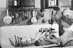 P-60-A-009 (neenahhistoricalsociety) Tags: recollections domesticlife kitchens sinks