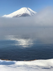 Snowy Lake Yamanaka (shinichiro*) Tags:    jp 20161126img5964editedit 2016 crazyshin appleiphone7plus iphone   fuji lakeyamanaka yamanashi japan fog snow