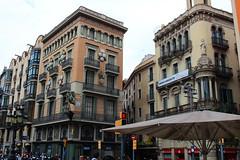 Avenida de la Rambla (Salvawixo) Tags: spain rambla espaa barcelona barcelone eurotrip landscape buildings architecture canon eos t5i rebel