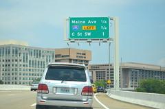 DSC_0969 (I.C. Ligget) Tags: road light signs sign lights dc washington traffic district columbia route signals transportation interstate 95 signal department i95 395 295 ddot 695 i295 i395 i695