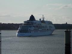 Europa departs Liverpool (Gareth Garbutt) Tags: rivermersey mseuropa