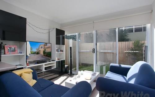 2/212 Brunker Road, Adamstown NSW