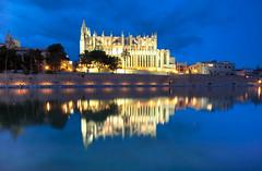 PALMA DE MALLORCA (Rober1000x) Tags: park longexposure summer architecture arquitectura europa europe downtown catedral historic verano bluehour mallorca 2014 palmademallorca islasbaleares historicheritage
