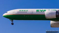 EVA Air - B-16712 (InSapphoWeTrust) Tags: california usa losangeles eva br unitedstates unitedstatesofamerica northamerica lax 777 長榮航空 evaair boeing777 losangelesinternationalairport evaairways klax 77w boeing777300er evergreengroup b16712