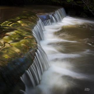Curly cascade
