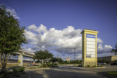 Pylon Sign - WBP (Mabry Campbell) Tags: usa sign retail logo photography us photo texas photographer exterior realestate unitedstates image unitedstatesofamerica houston property september photograph commercial storefront 100 shoppingcenter f56 brand client businesses fineartphotography 2014 tiltshift architecturalphotography tenants 17mm cushing commercialphotography commercialrealestate commercialproperty commercialexterior harriscounty powercenter architecturephotography jll pylonsign houstonphotographer ¹⁄₈₀₀sec tse17mmf4l willowbrookarea retailexterior businessstorefront mabrycampbell retailshoppingcenter willowbrookplaza 20140910h6a8304 september102014